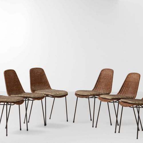 Campo e Graffi, Six chaises avec structure en métal tubulaire laqué et siège en …