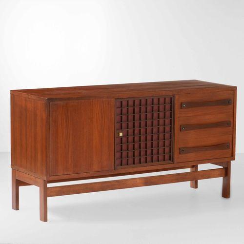 Mobile contenitore con struttura e sostegni in legno, tessuto e particolari in o…