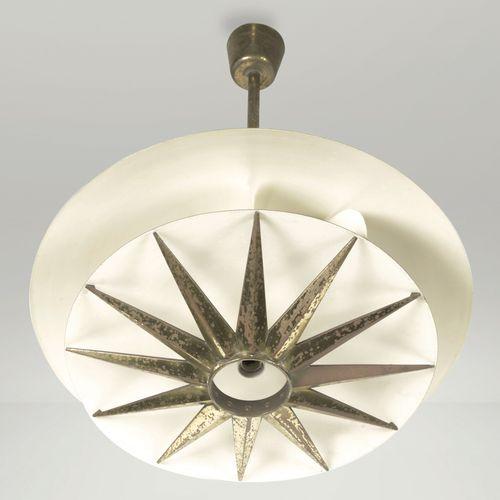 T. Buzzi, a pendant lamp, Italy, 1950s Métal et laiton. Prod. Donzelli. 66x84cm
