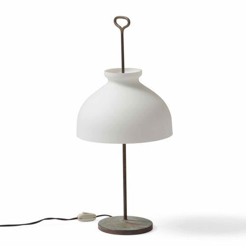 Ignazio Gardella, Lampada da tavolo mod. Lta 4 Arenzano con struttura in ottone …