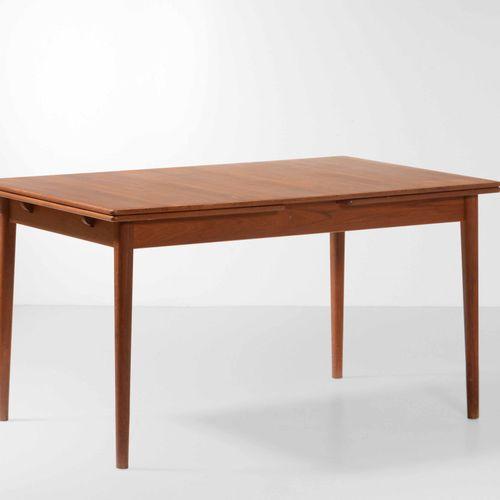 Nils Jonsson, Tavolo allungabile con struttura e piano in legno. Prod. Italia, 1…