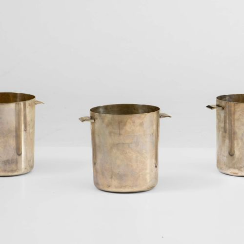 Gio Ponti, Tre cestelli da ghiaccio in alpaca argentata. Prod. Krupp, Italia, 19…