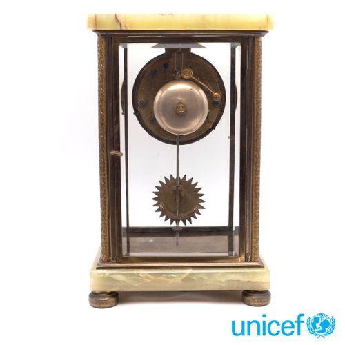 Green alabaster Lenzkirch pendulum clock Germany, 19th 20th century 28x17,5x13,5…