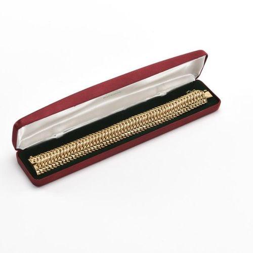 Bracelet en or jaune (750) 18K maille américaine Poids : 42 g AIGLE