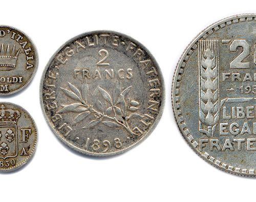 SIX monnaies françaises en argent: écu au bandeau de Louis XV 1765 Aix, 5 Soldi…