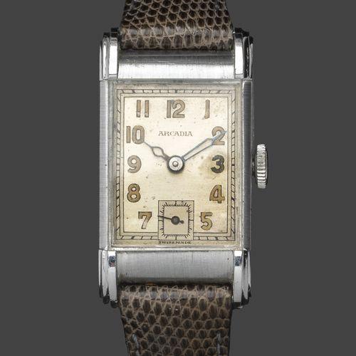 ARCADIA. N°619727. Vers 1930.  Montre bracelet d'homme en acier, le boitier rect…