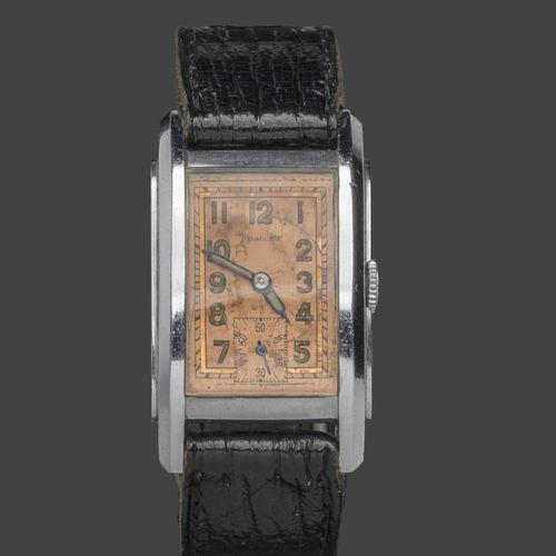 DOMINA Montre bracelet en acier à cadran rectangulaire cuivré, chiffres arabes e…