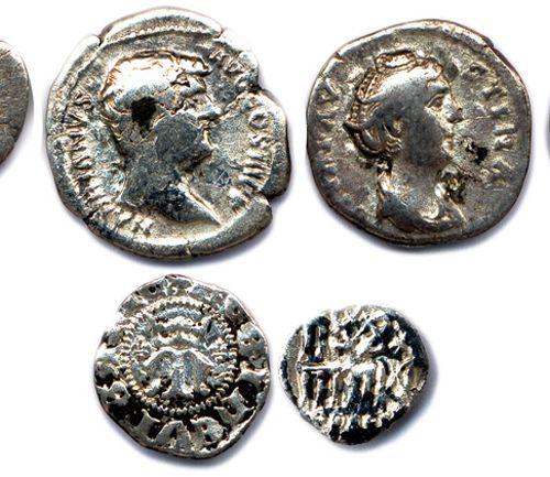 EMPIRE ROMAIN  Lot de HUIT monnaies en argent:  Six deniers d'Hadrien, Sabine, …