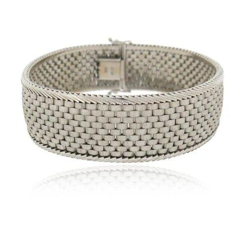 A white gold mesh link strap bracelet, 19cm, 47g