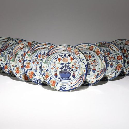 EIGHT JAPANESE IMARI DISHES FROM THE COLLECTION OF AUGUSTUS THE STRONG (1670 173…