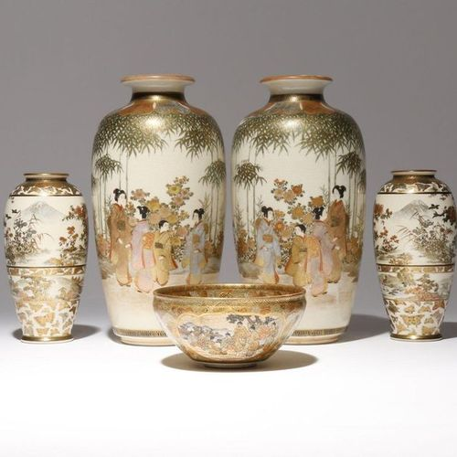 FIVE JAPANESE SATSUMA PIECES MEIJI PERIOD, 19TH CENTURY Comprising: two pairs of…