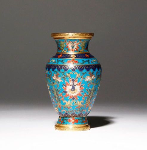 A SMALL CHINESE CLOISONNE 'LOTUS' VASE FOUR CHARACTER QIANLONG MARK AND OF THE P…