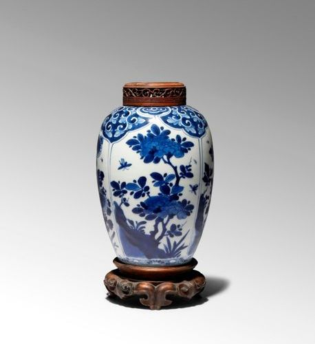 A CHINESE BLUE AND WHITE OVOID VASE KANGXI 1662 1722 Painted with four large pan…