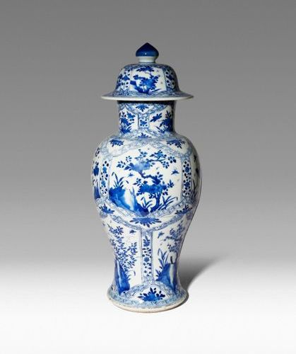 A CHINESE BLUE AND WHITE BALUSTER VASE AND COVER KANGXI 1662 1722 Painted with p…