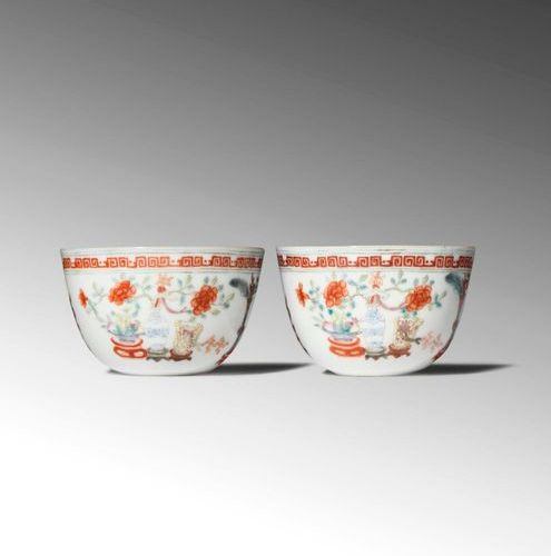 A PAIR OF SMALL CHINESE FAMILLE ROSE 'HUNDRED ANTIQUES' WINE CUPS 18TH/19TH CENT…