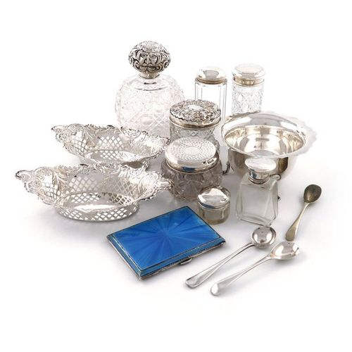 A mixed lot of silver items, various dates and makers, comprising: a pair of pie…