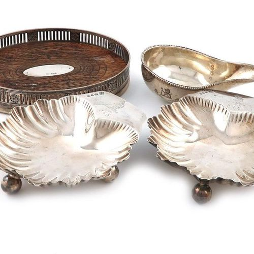 A mixed lot of silver items, comprising: a pair of Victorian butter dishes, by H…