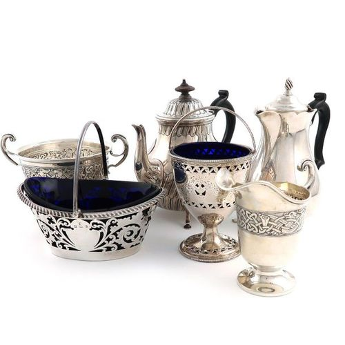 A mixed lot of silver items, various dates and makers, comprising: a George III …