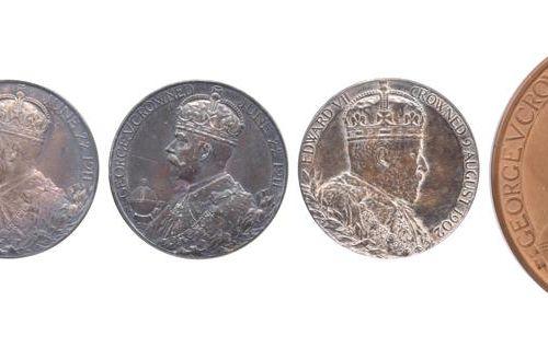 英国皇家纪念章(5枚)。Victoria, Jubilee 1897, AR, 26mm (E 1817b), 有色调,极好;Edward VII加冕礼 190…