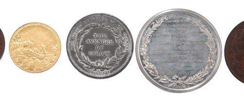 Une petite quantité de médailles commémoratives, sujets navals et militaires, do…