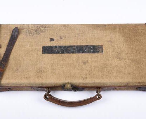 Ƒ Cogswell and Harrison A 12口径盒式弹射猎枪,序列号46537,枪管30英寸,防硝化,选择性弹射器,自动保险,刺绣卷轴雕刻的行动与装…