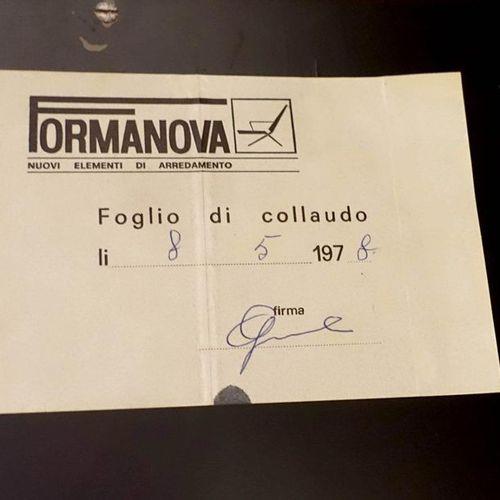 Gianni Moscatelli Ensemble de trois Bibliothèques Double Corps. Elles ouvrent pa…