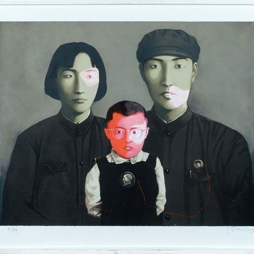 Zhang Xiaogang (1958). Bloodline Big Family. Lithograph signed lower right. N° 8…