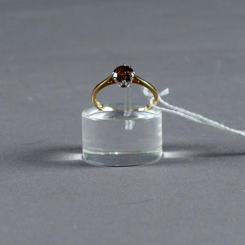 Bague de Dame, Solitaire. Set with a brilliant cut cognac diamond (approx. 1 car…