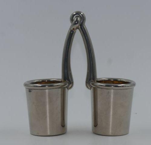 HERMES Paris Pot à crayon à double rangement en métal argenté uniplat Signé