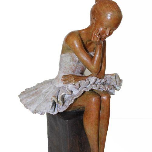 """CANTIN Josiane """"Concentration"""" Lost wax bronze Fondeur Blain (44) H : 49 cm L : …"""