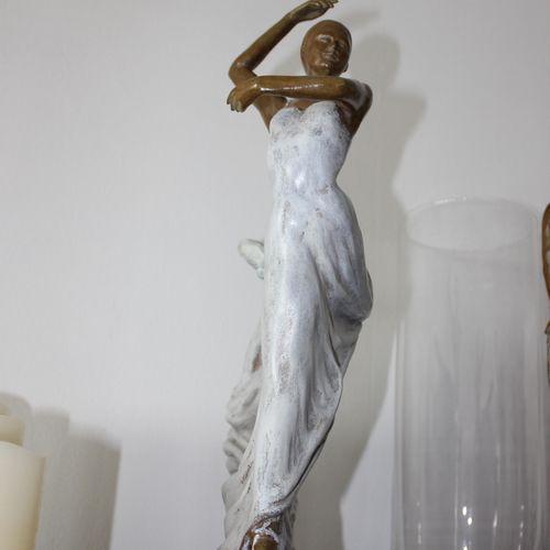 """CANTIN Josiane """"Sofia"""" Bronze réalisé à la cire perdue Fondeur d'Art de Blain H …"""