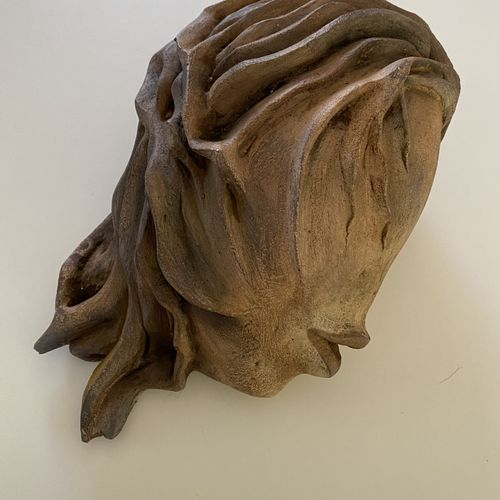"""ZOU """"Féminine"""" Sculpture L : 37 x H : 19 x 21 cm signée.    Frais de transports …"""