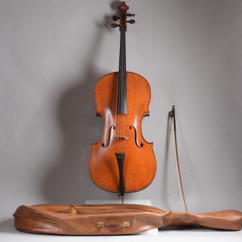 Violoncelle des années'50, avec housse et archet