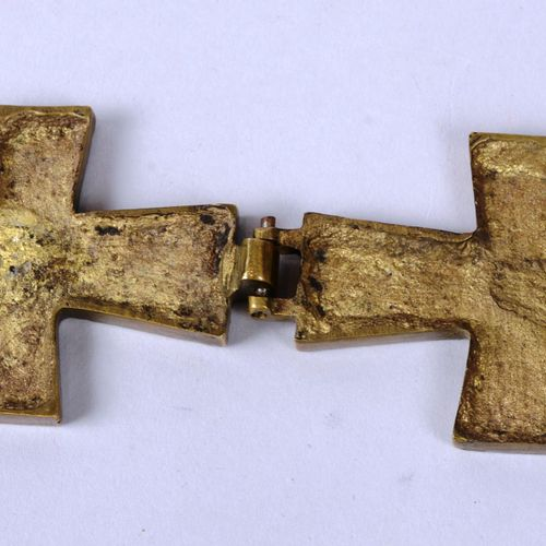 Croix reliquaire Croix reliquaire pectorale de Saint Badilon en laiton, copie pr…