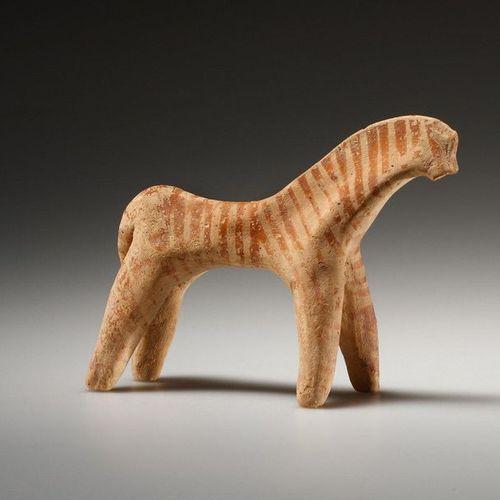 A Statuette of a Boeotian Horse Grec, 6e siècle béotien. B.C..  Terre cuite. H. …