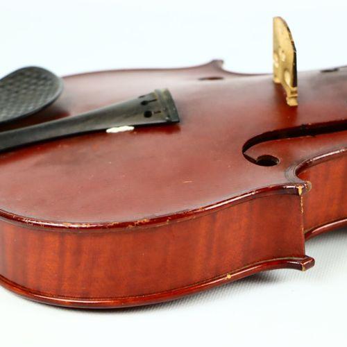 Violon de Gustave BERNARDEL fait à Paris en 1894, numéroté 1666.  Portant étique…