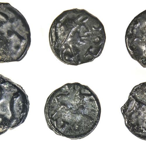 Lot de monnaies en bronze, GAULE,  Lot de monnaies en bronze,    Senons ou Senon…