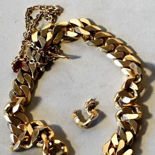 BRACELET GOURMETTE en or, marque THANH (débris). Poids 46 g  Lot délivré à l'Etu…