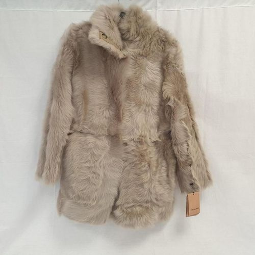 Yves SALOMON    Beige and Tuscan Lamb reversible parka in the colour, shawl …