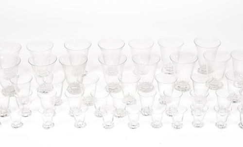 DAUM FRANCE. Crystal glass service part model KIM including 8 flutes, 15 water g…