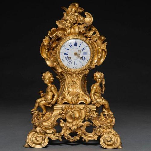 Balthazard á Paris French table clock in gilt bronze, French work, 19th century …