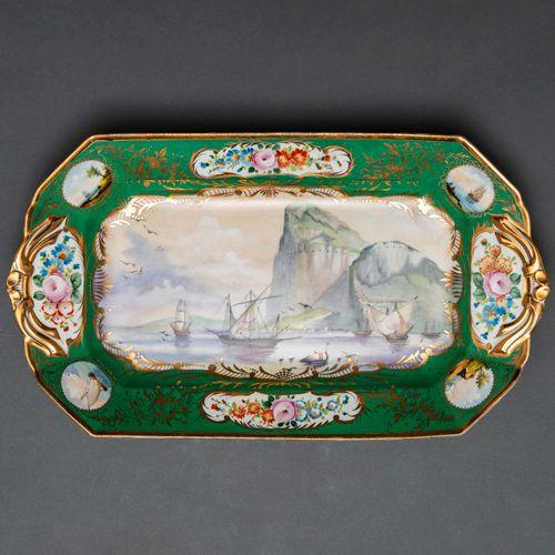 Source en porcelaine française Limoges Albert Pillivuyt. Siglo XIX Bordure décor…