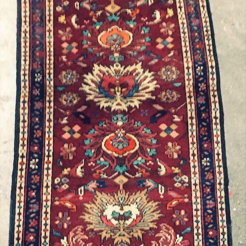 Tabriz (Persia) corridor carpet, North West Iran, cotton weft and warp, wool pil…