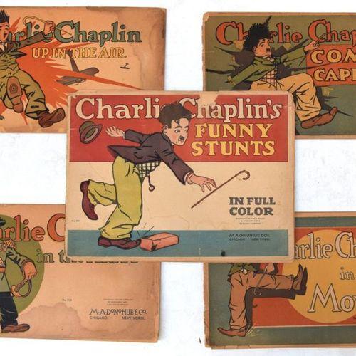 Suite de CINQ ALBUMS Charlie Chaplin.