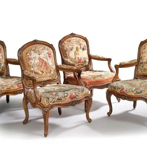 Suite of four armchairs with queen's chair and frame formerly lacquered in carve…