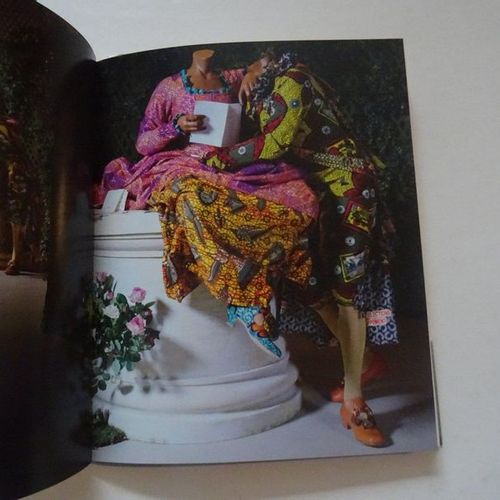 """Yinka Shonibare, MBE: Jardin d'amour, [exhibition catalogue], Collective work u…"