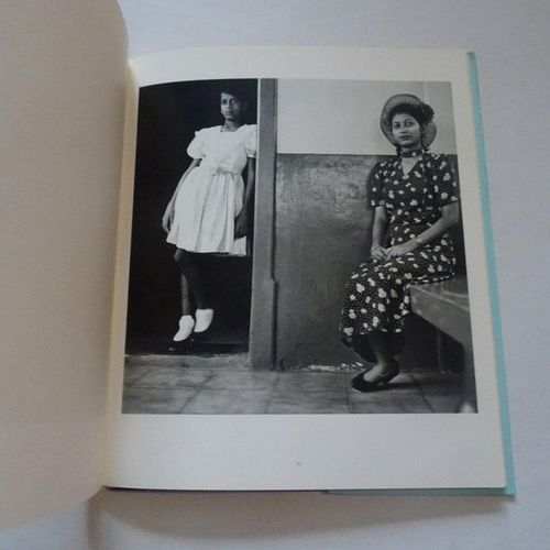 """""""Privacy"""", Dayanitah Singh; Steidl, Ed. 2003, about 116 p. (average condition)"""