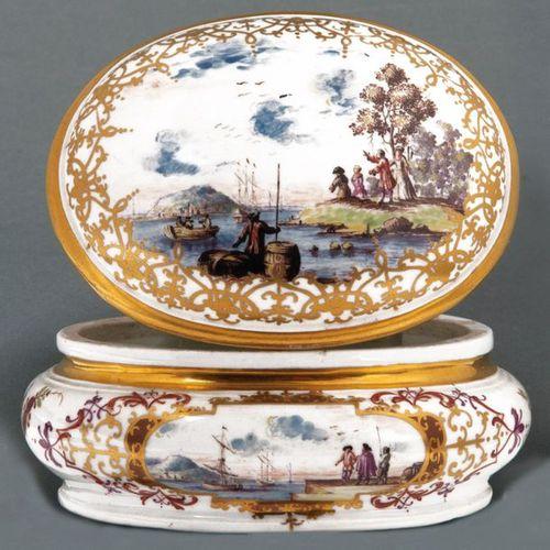 Bol à sucre Meissen 1723 25 Ovale bombé, sur un anneau de base resserré, avec co…