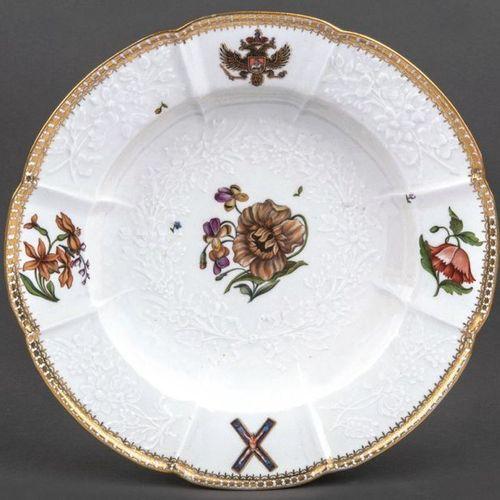 Assiette à soupe du service héraldique de la tsarine Elisabeth de Russie Meissen…