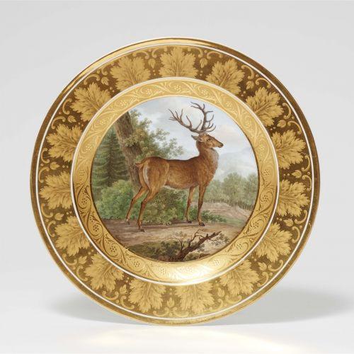 Königliche Porzellanmanufaktur Berlin KPM Dessertteller mit stehendem Hirsch aus…